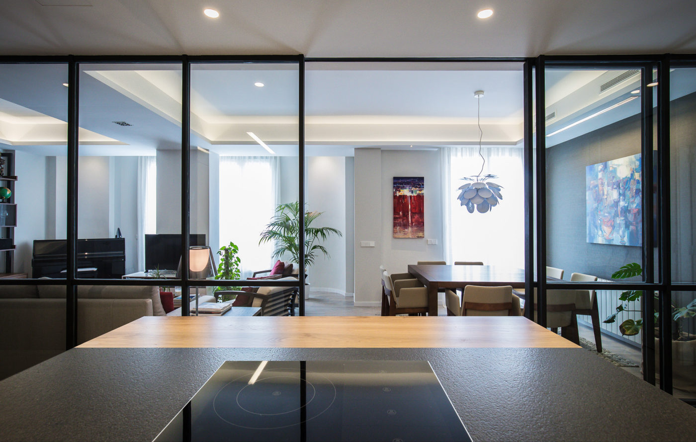 mas-millet-arquitecto-arquitectura-interiorismo-reforma-integral-moderna-piso-valencia-carpintería-de-madera-mobiliario-salón-casa-gran-via-luz-natural