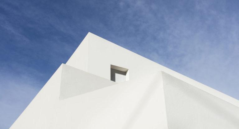 casa les pedreres Mas millet arquitectura obra nueva chalet vivienda unifamiliar moderna rustica valencia diseño mobiliario arquitecto minimalista