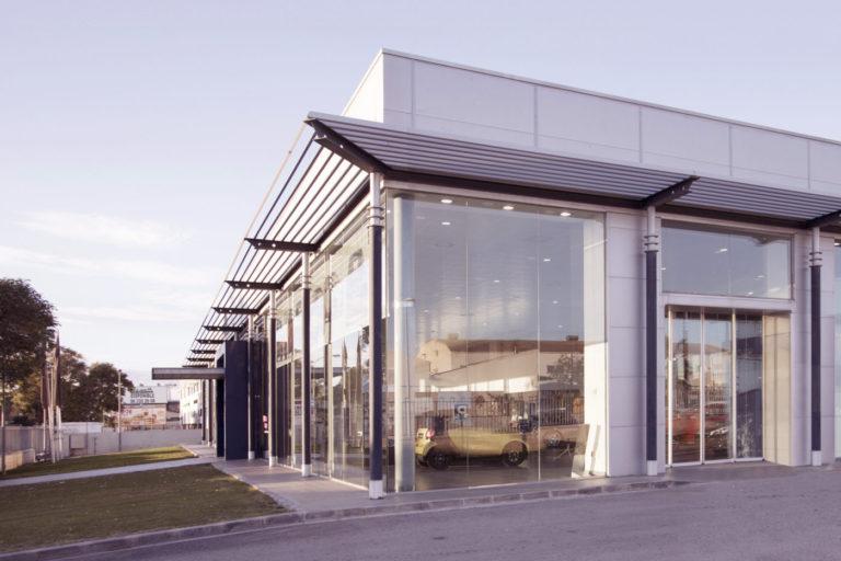 001 concesionario mercedes benz coches valencia mas millet arquitectura interiorismo arquitecto comercial