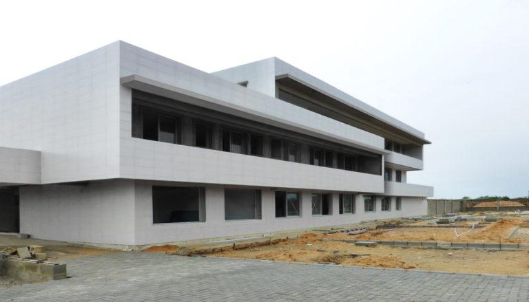 01 main residence mas millet arquitecto arquitectura valencia edificio universitario nigeria campus