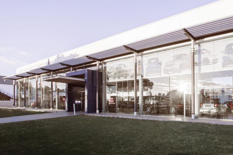 01d concesionario mercedes benz coches valencia mas millet arquitectura interiorismo arquitecto comercial