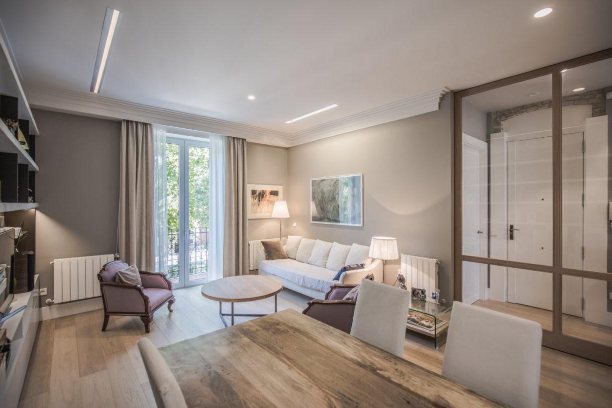 02 mas millet arquitecto arquitectura interiorismo reforma integral moderna piso valencia mobiliario salon cocina casa fernando el catolico