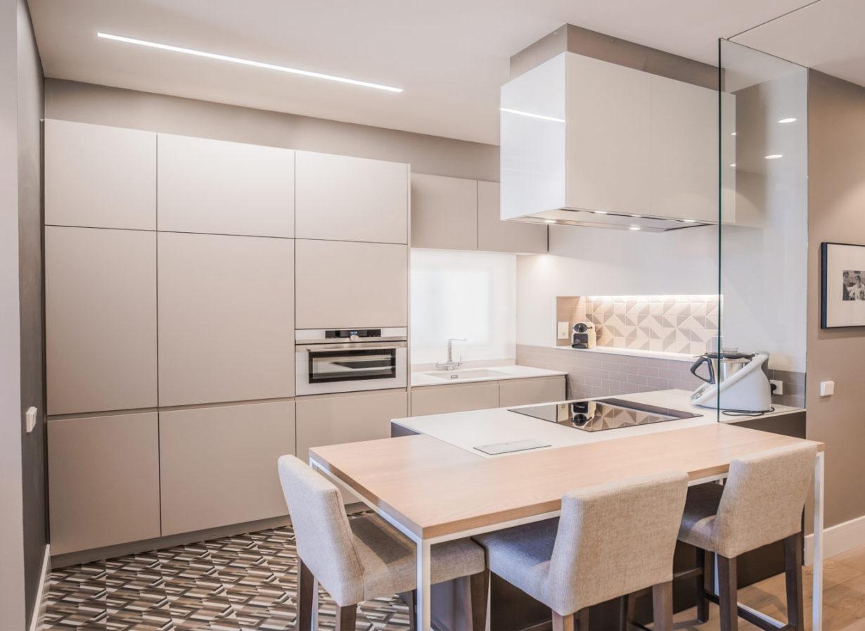 04 mas millet arquitecto arquitectura interiorismo reforma integral moderna piso valencia mobiliario salon cocina