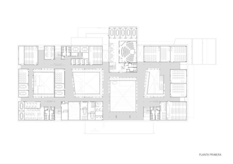 plano planta primera edificio universitario en africa