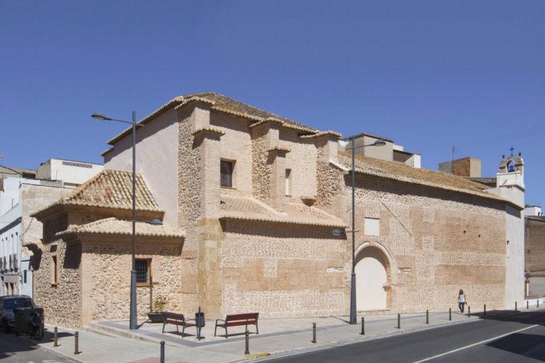 00-mas-millet-arquitectura-interiorismo restauracion-iglesia-san-antonio-rebollet-oliva valencia-fachada-rehabilitacion-teja-tapial-destacada