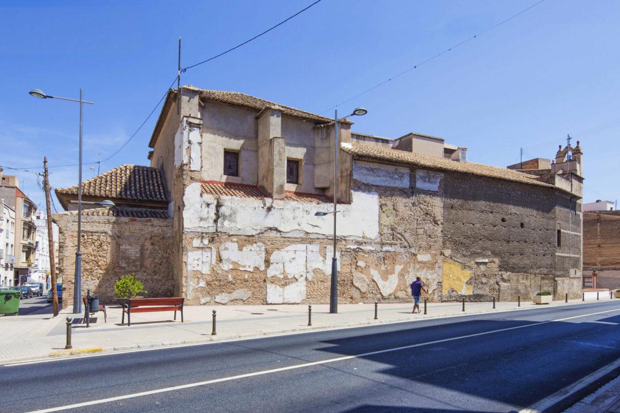 02-mas-millet-arquitectura-interiorismo restauracion-iglesia-san-antonio-rebollet-oliva valencia-fachada-rehabilitacion-teja-ladrillo