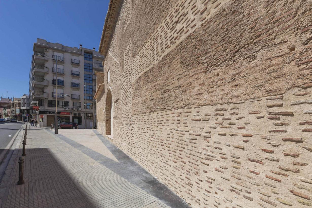 04-mas-millet-arquitectura-interiorismo restauracion-iglesia-san-antonio-rebollet-oliva valencia-fachada-rehabilitacion-teja-ladrillo