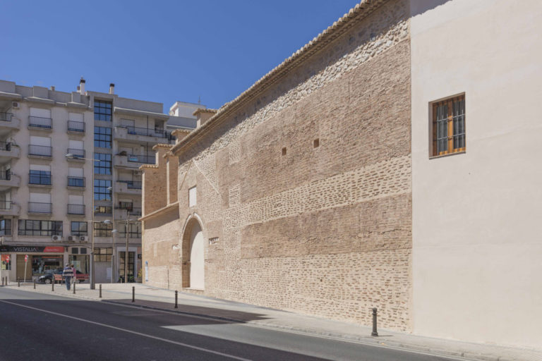 04b-mas-millet-arquitectura-interiorismo restauracion-iglesia-san-antonio-rebollet-oliva valencia-fachada-rehabilitacion-teja-ladrillo