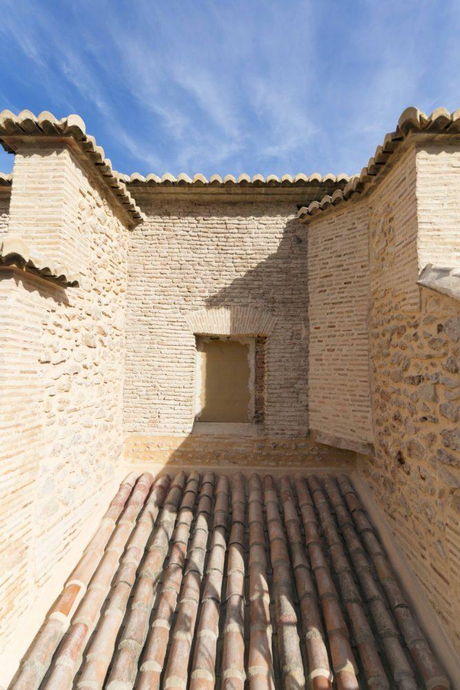 09-mas-millet-arquitectura-interiorismo restauracion-iglesia-san-antonio-rebollet-oliva valencia-fachada-rehabilitacion-teja-ladrillo