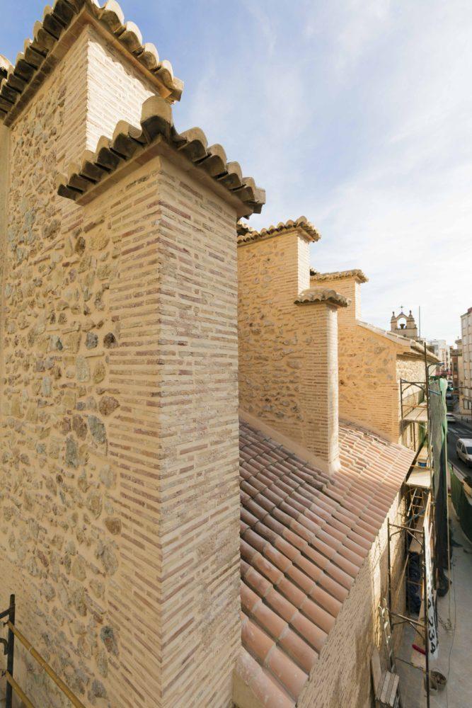 10-mas-millet-arquitectura-interiorismo restauracion-iglesia-san-antonio-rebollet-oliva valencia-fachada-rehabilitacion-teja-ladrillo
