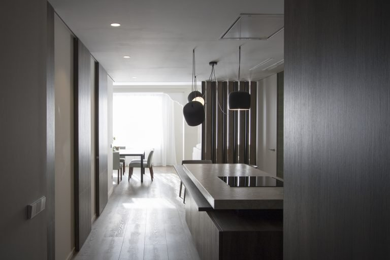arquitectura interiorismo reforma valencia casa quart cocina recibidor isla