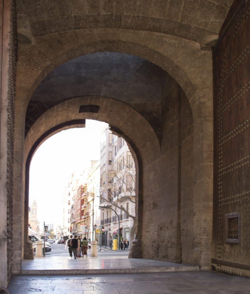 arquitectura-interiorismo-reforma-valencia-casa-quart-vistas-torres-scaled