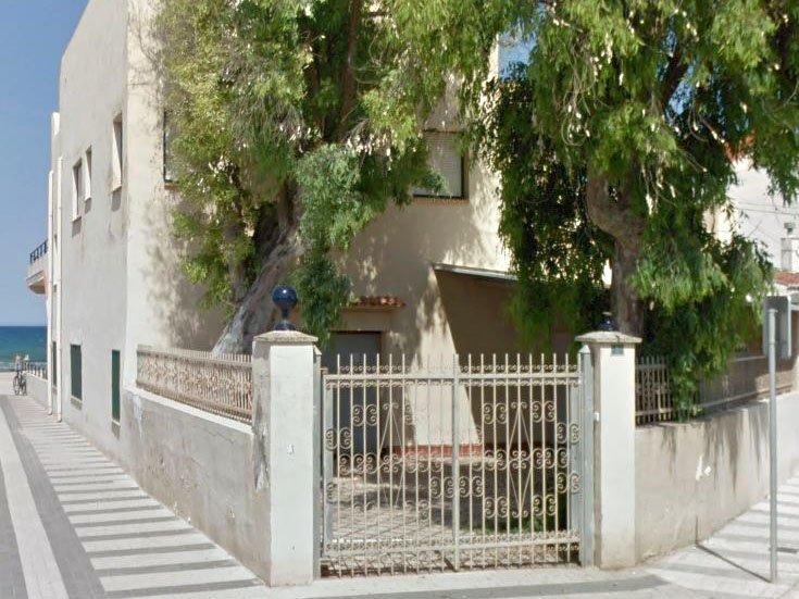 casa-en-oliva-reforma-unifamiliar-playa-acceso